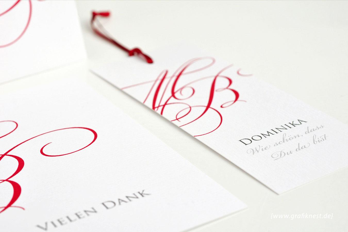 Tischanhänger mit Monogramm Design