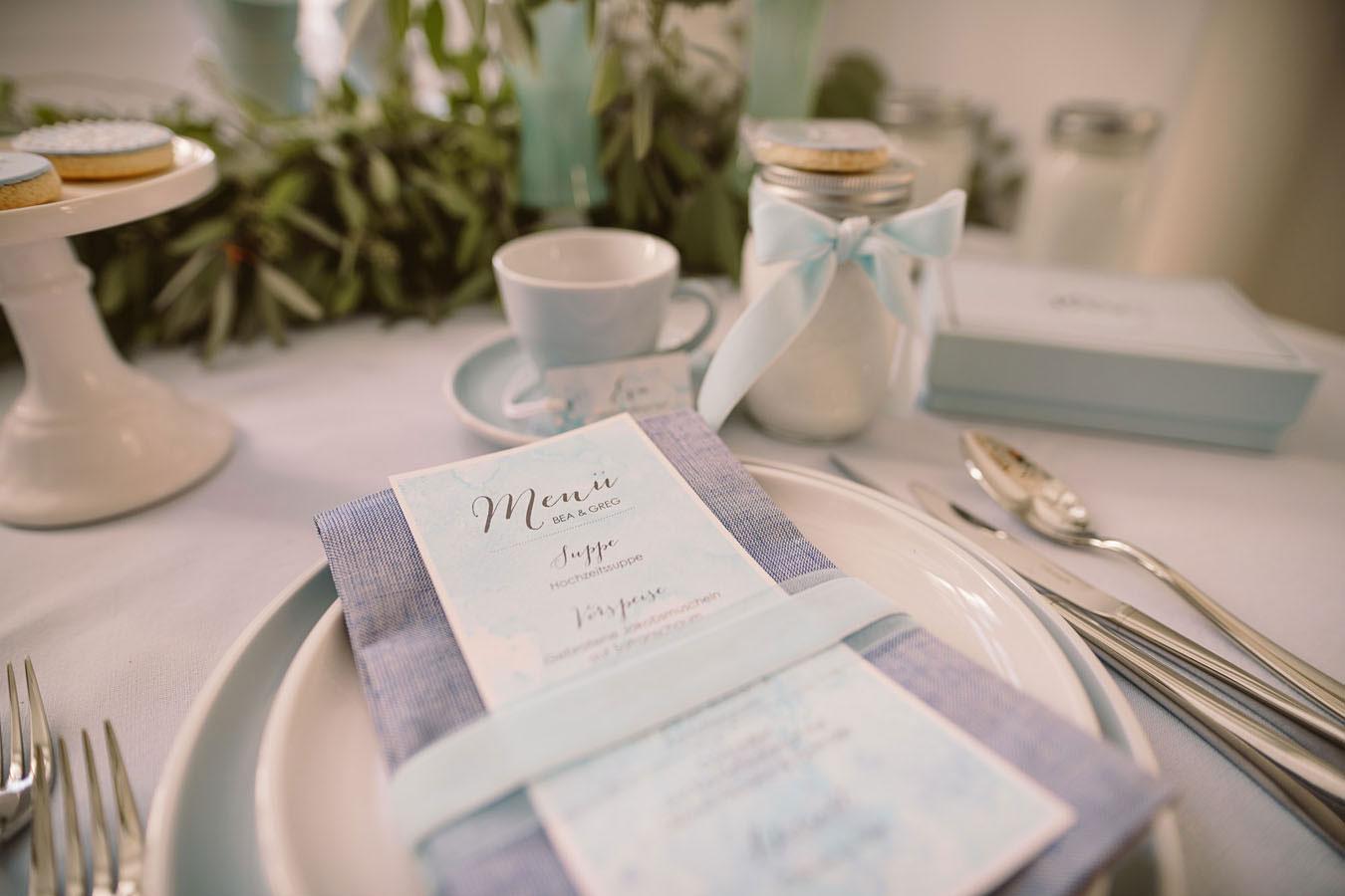Sylt Aquarell Menü mit Tischkarte im zarten Blau