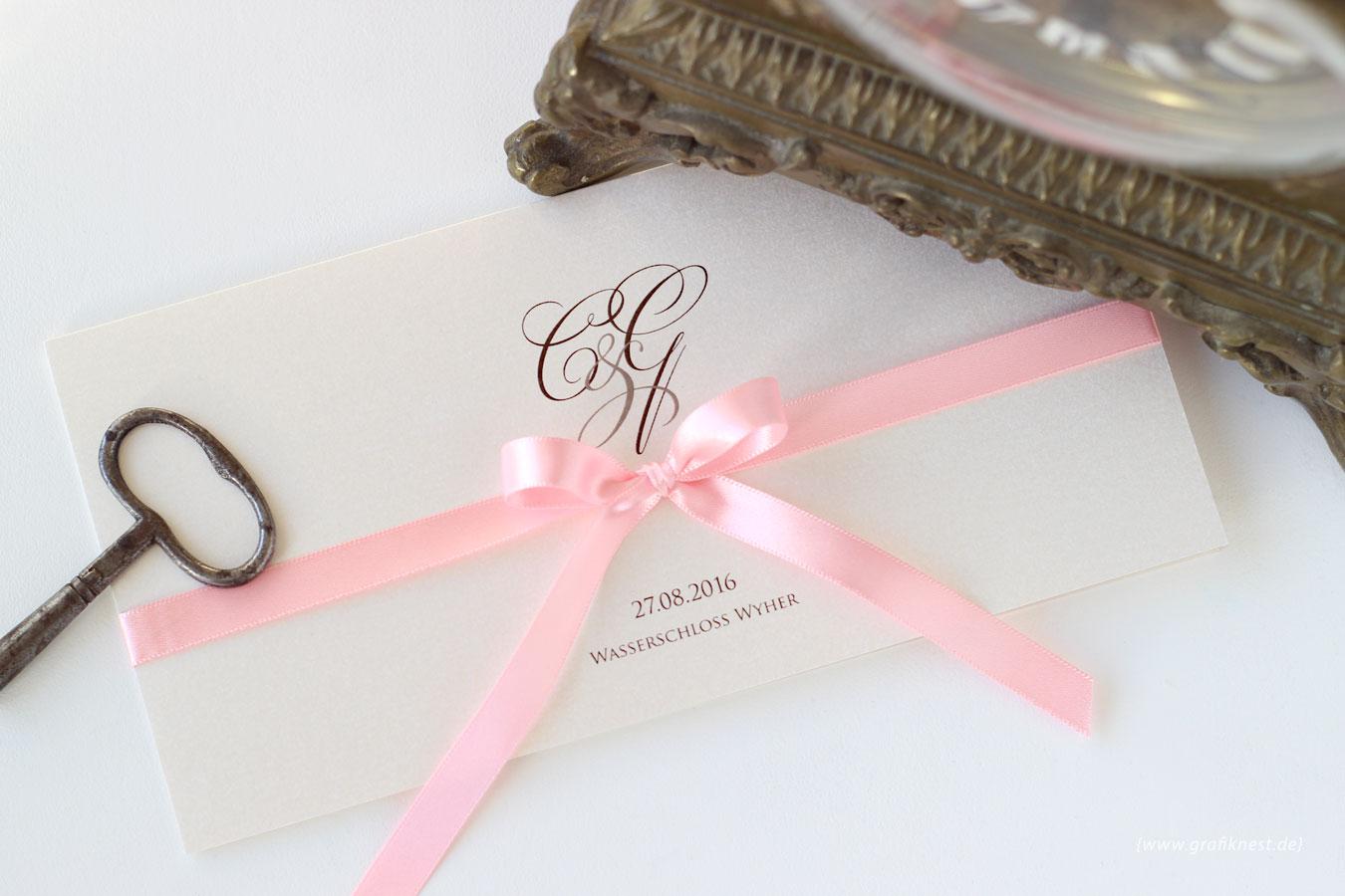 Klassische Schloss Hochzeit Einladung für Ceren und Gabriel