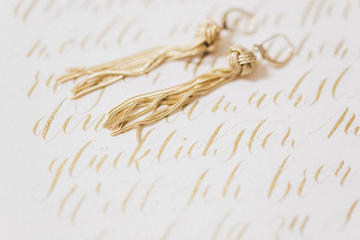 Kalligrafie Gold Ohrringe