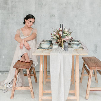 { Fine Art Styled Shoot - Minimalism }